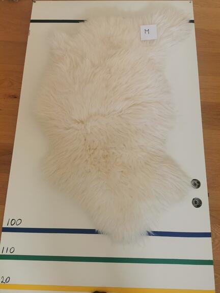 Hvid hvidt lammeskind fåreskind nordisk design