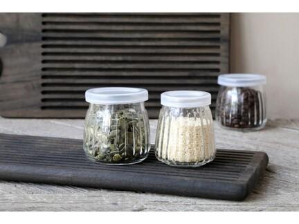 Opbevaringsglas med riller & låg