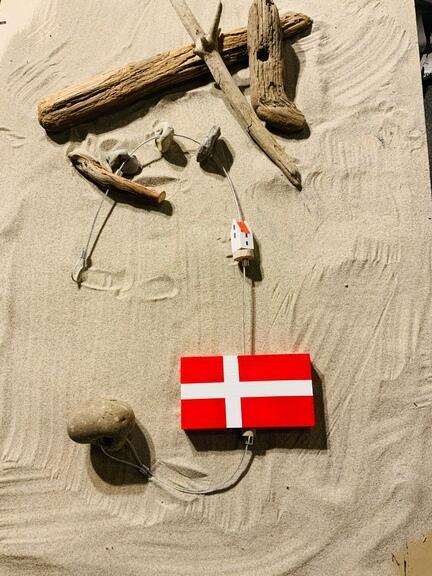 Flag på snor. Ophæng med flag
