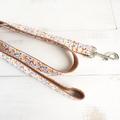 Halsbånd, line og sløjfe med vinterprint og orange bagside 8