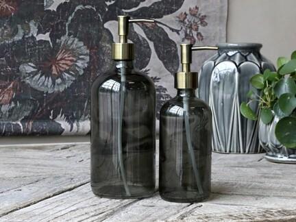 Flaske med pumpe fra Chic Antique