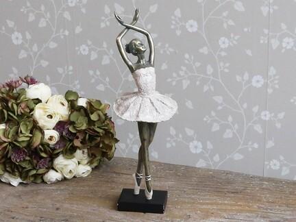 Dansende Ballerina fra Chic Antique